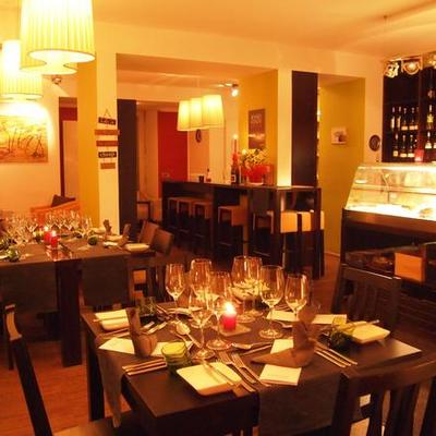 Freitags dinieren im Wein.Raum